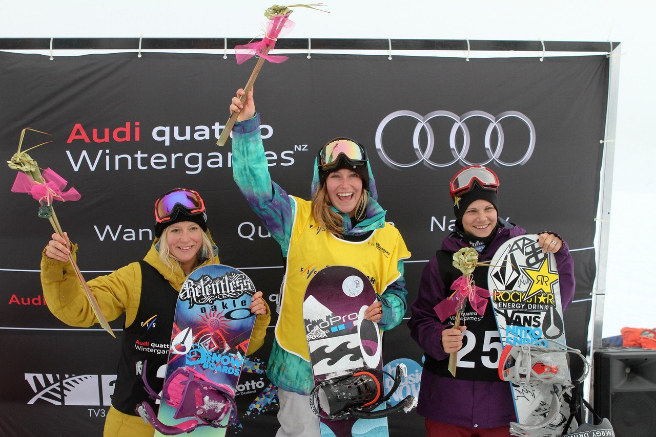 Slopestyle World Cup Women - 2nd Jenny Jones (GBR), 1st Jamie Anderson (USA), 3rd Cheryl Maas (NED)